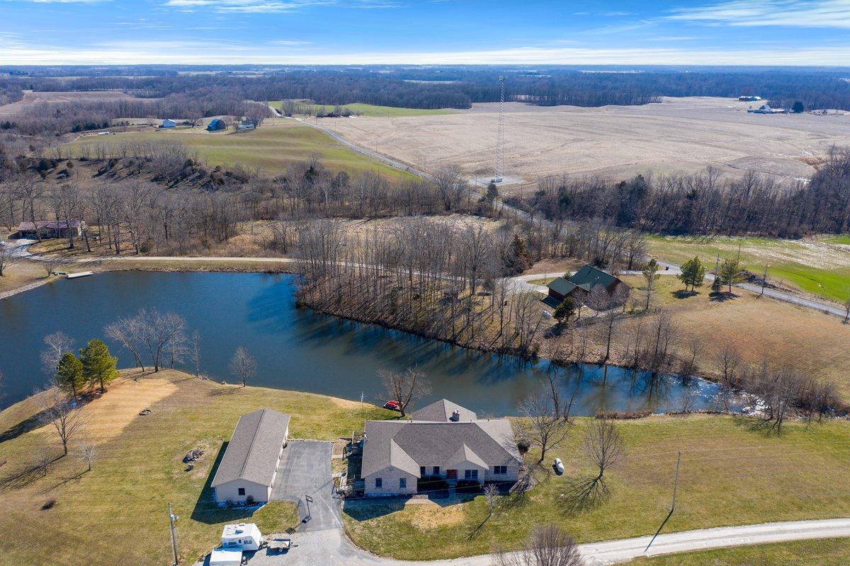 Scott AFB home for sale in Nashville, IL