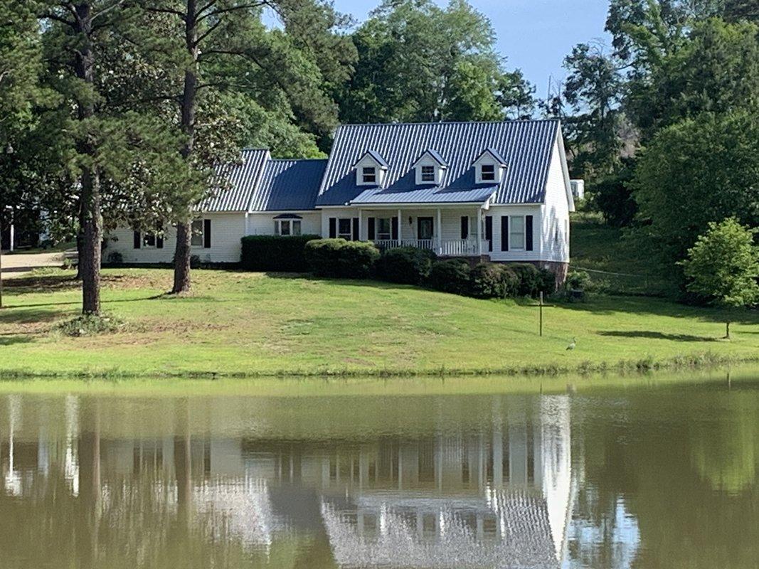 Home for sale near Robins AFB in Georgia.